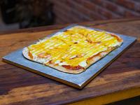 Pizza con mostaza y miel