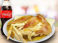 Patacón De Pollo con Tocineta + Coca Cola Sabor Original 250 ml