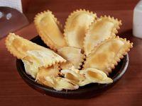 Empanadas de queso fritas (8 unidades)