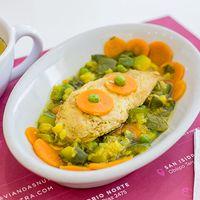 Almuerzo caliente completo - Cazuela de pollo + ensalada + bebida y postre