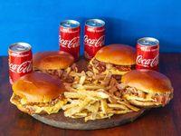 Combo - 4 Hamburguesas Dobles con Cheddar y Bacon + papas fritas + 4 Coca Cola 220 ml