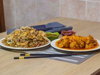 Arroz Chino con Agridulce de Pollo Grande