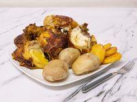 1 Pollo Asado + 5 Arepas + 5 Papas