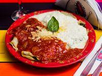 Menú del día - Canelones de verdura con salsa mixta + Postre