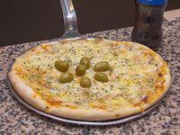 Promo - Pizza muzzarella chica + gaseosa 354 ml