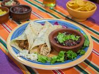 Burritos mixtos de carne y pollo
