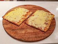 Promo 4- Porción pizza muzzarella 1+1