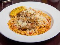 Mechada con spaghetti