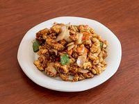 Filet de pescado frito con salsa de ostra