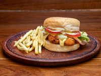 Napolitano chicken sándwich + guarnición