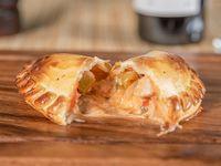 Empanada de pollo picante - 32