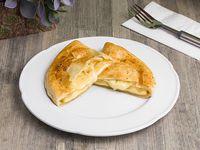 Empanada de queso hoja