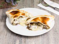 Empanada de champignon y queso crema