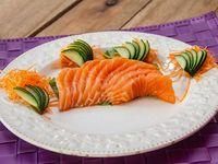 Sashimis salmón (10 unidades)