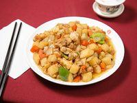 Pollo con verduras a la salsa de soja