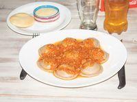 Combo - Sorrentinos de jamón y queso + salsa