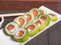 Akura roll (10 piezas)