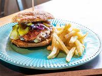 Hamburguesa casera con BBQ