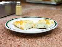 Empanada de roquefort, apio y jamón