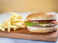 Combo 2 - hamburguesa con queso, lechuga y tomate + gaseosa y papas