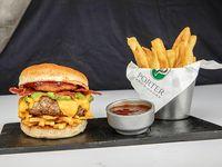 Burger frida con papas fritas
