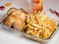 Promo - Pollo entero + papas fritas 500 g + bebida 1.5 L