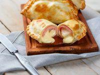 Empanada de provolone con jamón 130 g