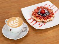 Desayuno o merienda New York City - Infusión + waffles con syrup + frutos rojos