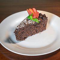 Torta de chocolate y café
