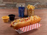 Combo - Perro caliente (22 cm) + Cono de papas fritas + Bebida 220 ml