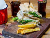 Sándwich de pechuga de pollo a la parrilla (individual)