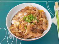 Oyako donburi pollo