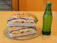 Promo - Sándwich Max Bruno + Gaseosa 237 ml