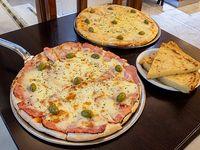 Promo 2 - Pizza con muzzarella + pizza con jamón, napolitana o fugazzeta + 3 fainá