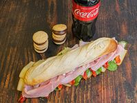 Promo - Sándwich de jamón cocido y queso ahumado + Coca Cola 500 ml + alfajores de copetín