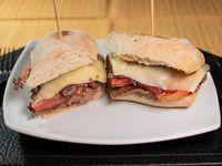 Sádnwich de Lomo Liso Dimango