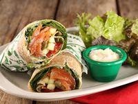 Wrap pink floyd con ensalada mix de hojas verdes