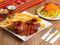 Promoción - 1/2 Pollo + Papas fritas + Ensalada + Cremas