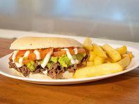 Promoción Cosmo -  Sándwich a elección + papas frita