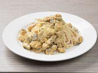 Spaguetti en Salsa Blanca con Salmón