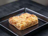 Tarta crujiente de manzana (porción)