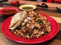 Tacos de Alambre de Pollo y Chorizo  4 Personas