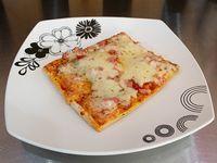 Trozo de pizza Clásica
