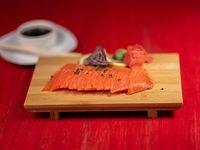Sashimi de salmón (12 cortes)