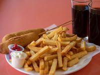 Combo para 2 - 2 corn dog + papas fritas + bebida 1.5 L