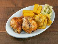 Combo - 1/2 pollo + 2 sodas en lata 355 ml + 2 polentas + 2 acompañamientos