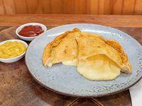 Empanada de queso frita (18 cm)