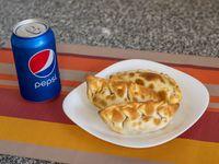 Promo 1 - 3 empanadas + bebida línea coca de 237ml