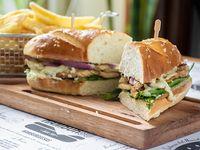 Sándwich de pollo Hamburgo