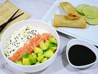 Promo - Chirashi salad de salmón, palta y queso + 2 arrolladitos
